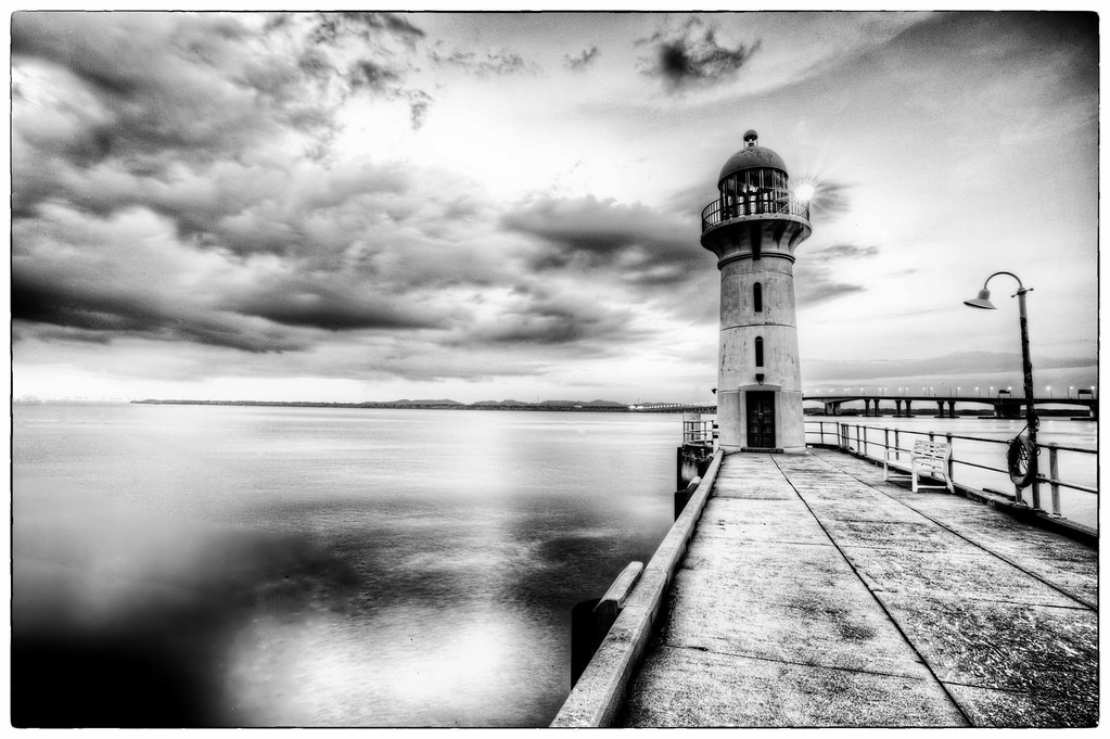Black and white lighthouse, raffles marina | Paul Cowell ...