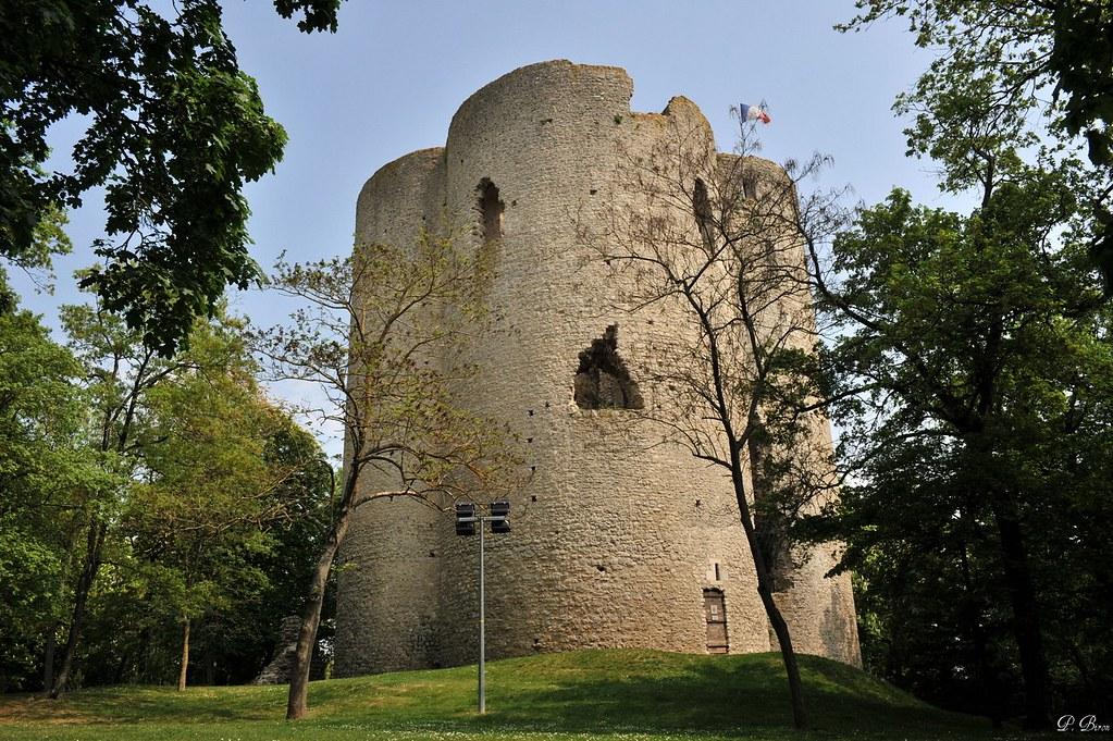 Tour de guinette etampes essonne la tour de guinette for Chateau etampes