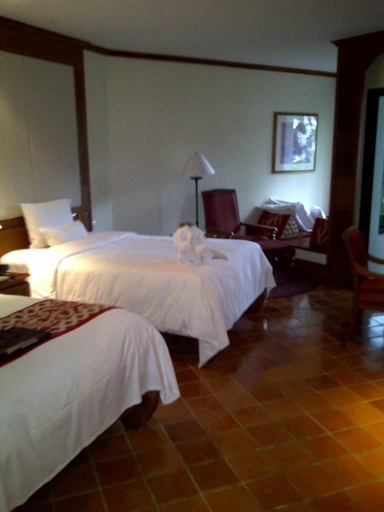 White Room Phuket Photos