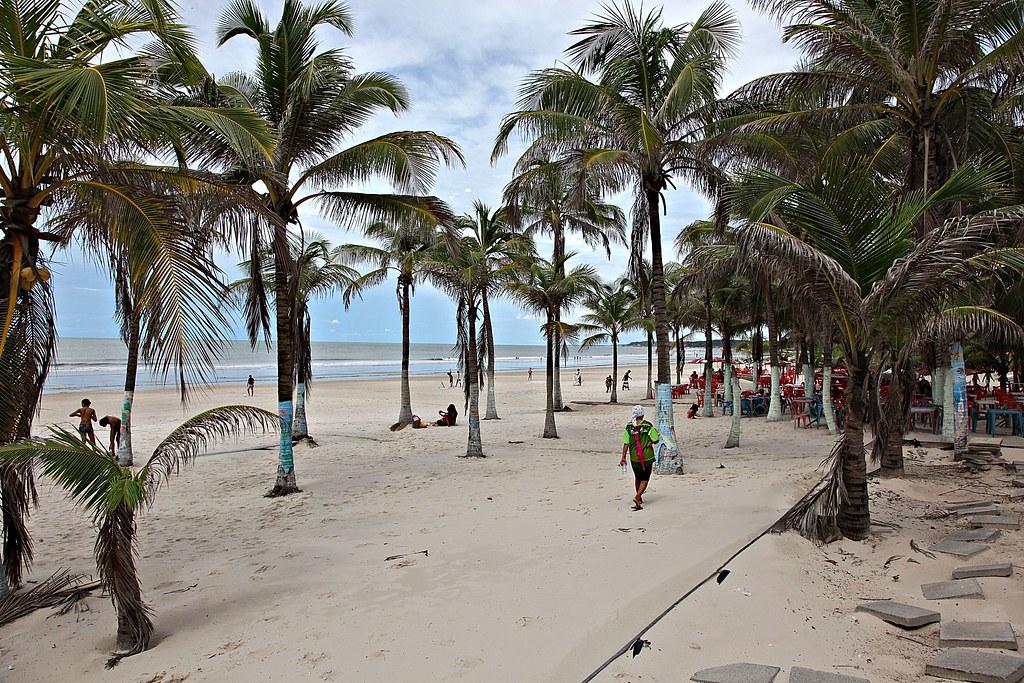 Resultado de imagem para são luis do maranhão praias
