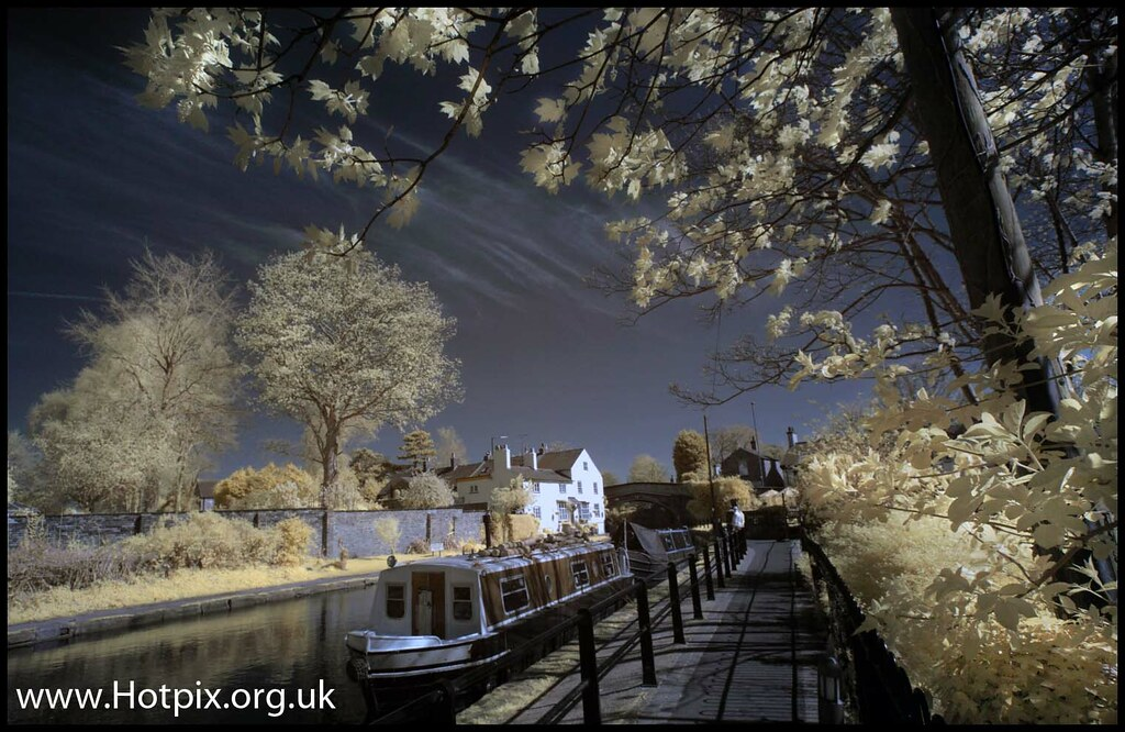 Lymm Canalside Cheshire Uk Colour Ir The Name Lymm Is