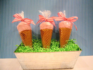 "Cotton Candy ""ice cream"" Cones 