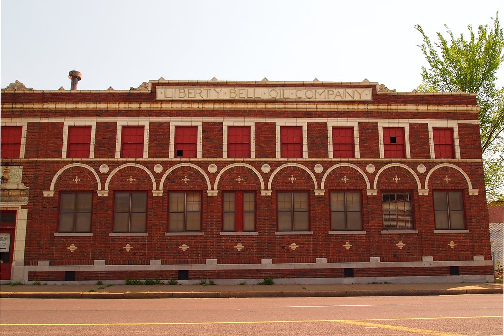 liberty bell oil company building