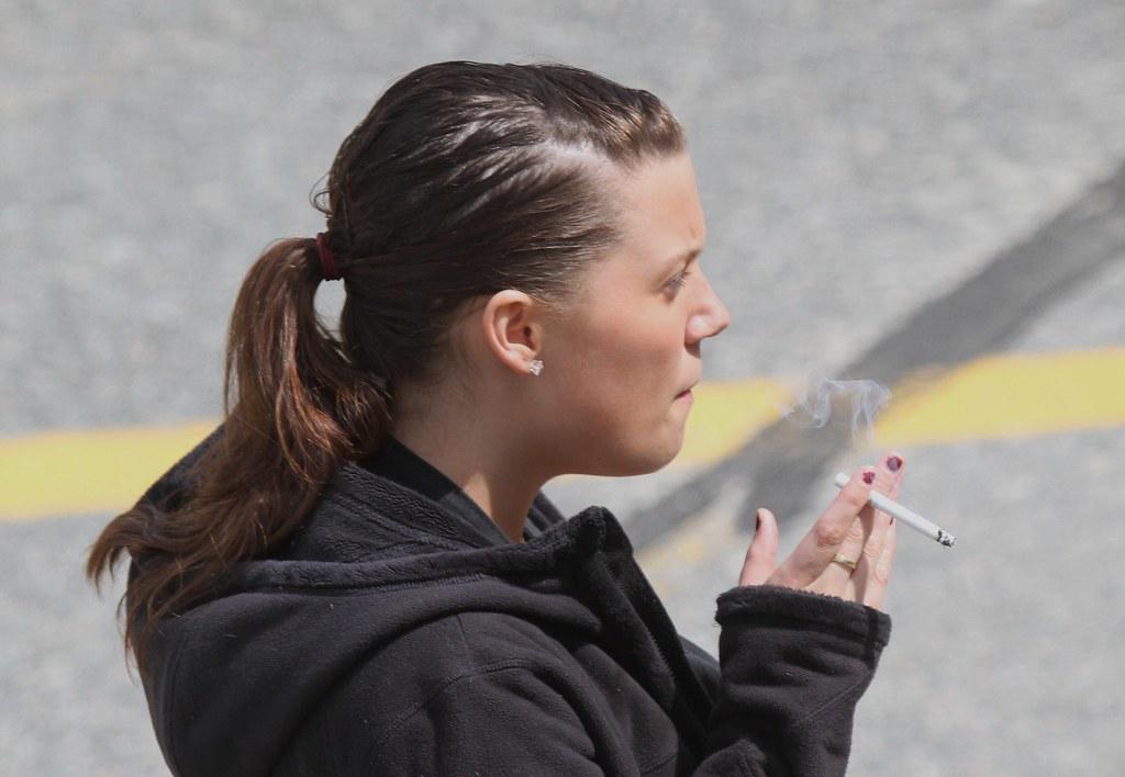smoker female young smoking cigarette flickr woman inhale pretty hiveminer pro cigs smokingfetish