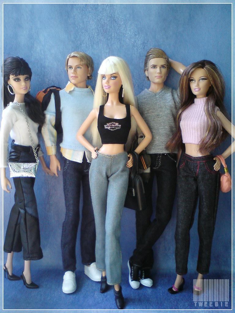 70s Vibes In Cambridge - Fashionista Barbie