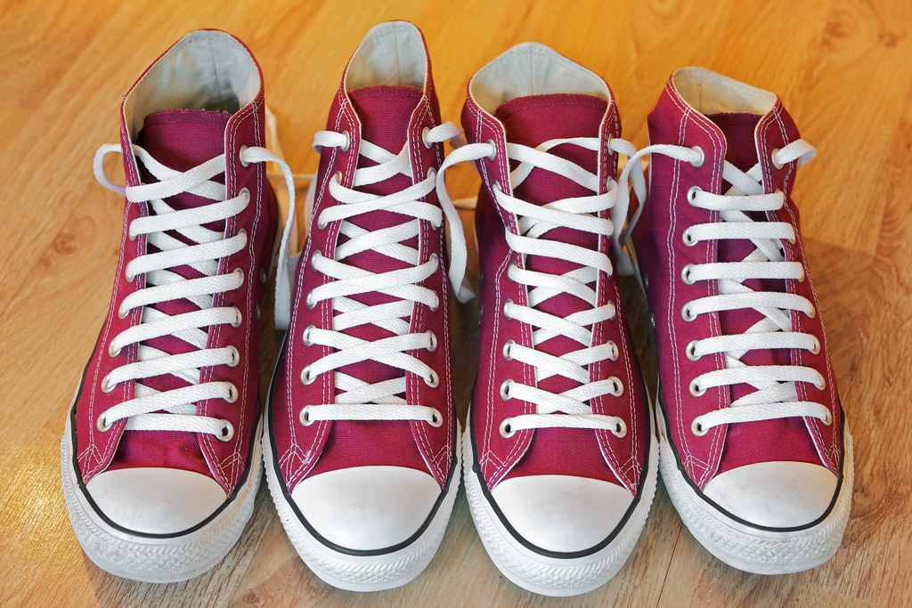 How To Lace Up Converse Tennis Shoes