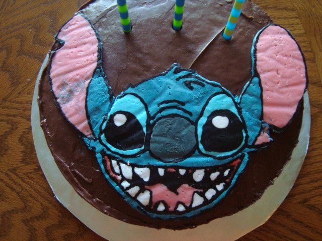 Stitch Cake This Was My Second Attempt At A Frozen