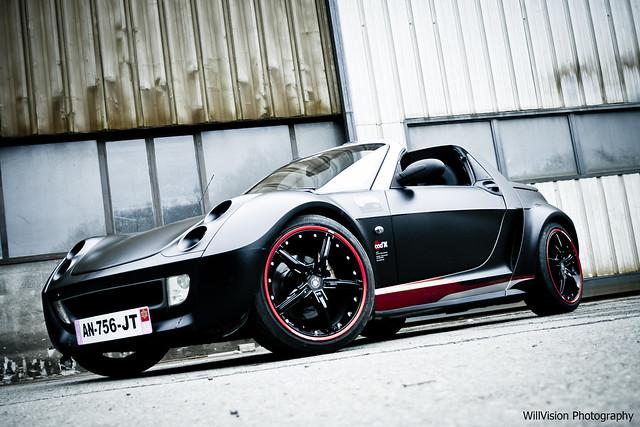 matte black smart roadster smirnoff by ood 39 x racing. Black Bedroom Furniture Sets. Home Design Ideas