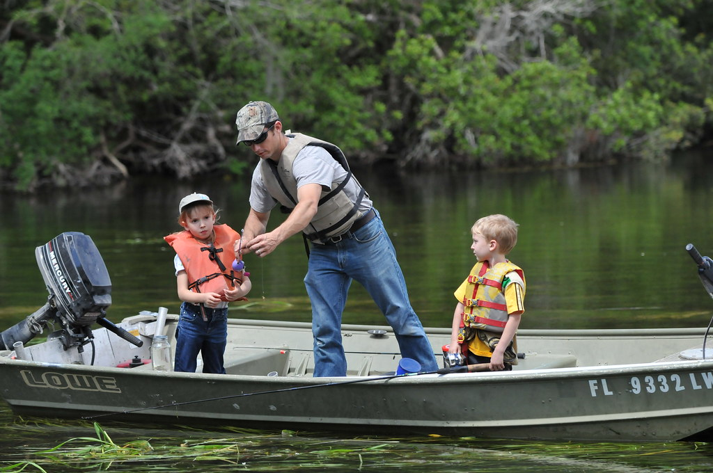 Family fishing wacissa river photo tim donovan fwc flickr for Fishing jobs in florida