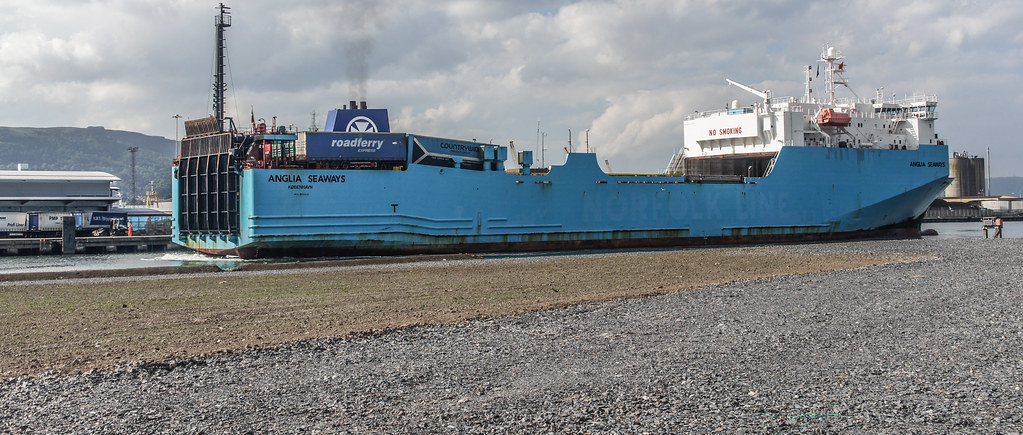 MS Anglia Seaways Docking (Belfast Port) 003