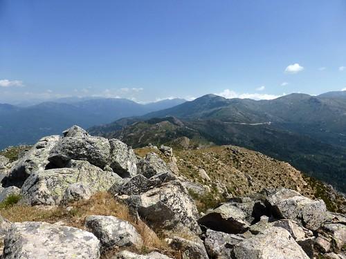 Sommet de Punta di I Cavalletti : la crête parcourue et le col de la Vaccia au Nord
