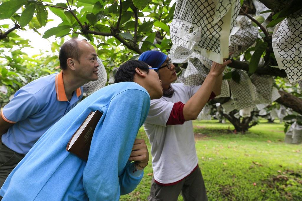 福業會派員前往產地,了解農友的生產狀況。(圖片來源:周意鈞提供。)