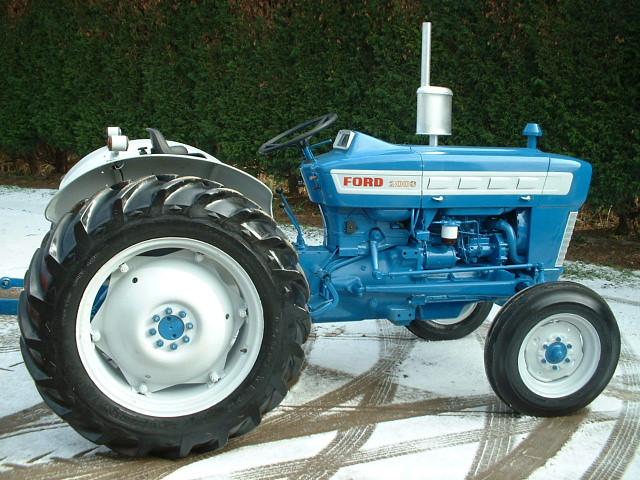 1963 Ford 2000 Tractor : Ford stuart sanders flickr