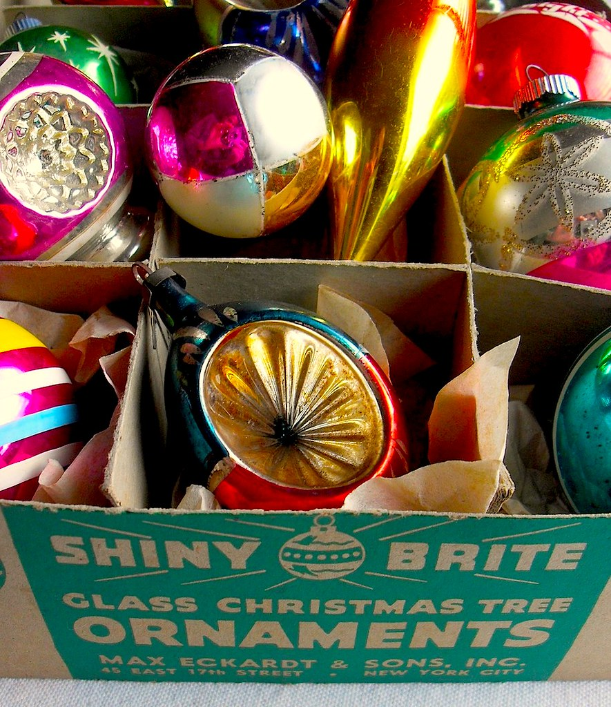 1940s - 1950s Vintage Christmas Ornaments SHINY BRITE BOX | Flickr
