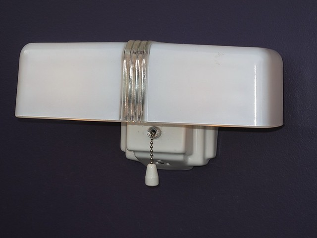Antique bath light fixture vintage fixture for Z gallerie bathroom lights