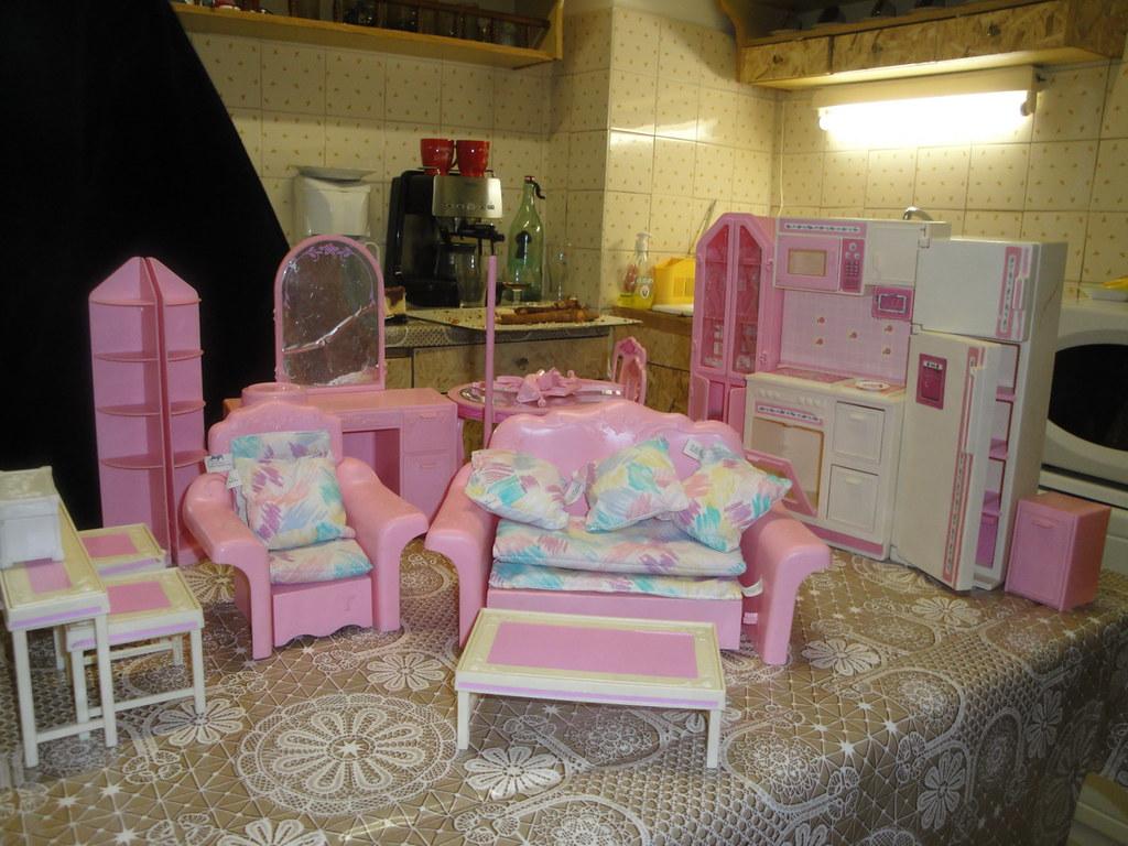 flea market finds  80 u0026 39 s sweet roses furniture