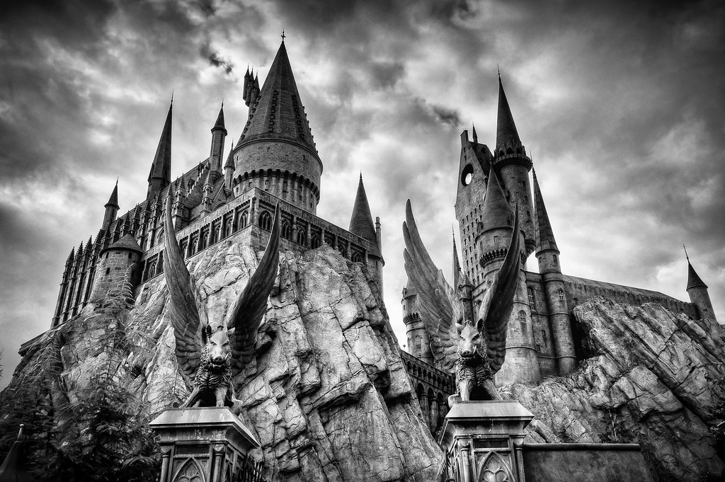 Hogwarts School of Witchcraft and Wizardry | Hogwarts Castle ...