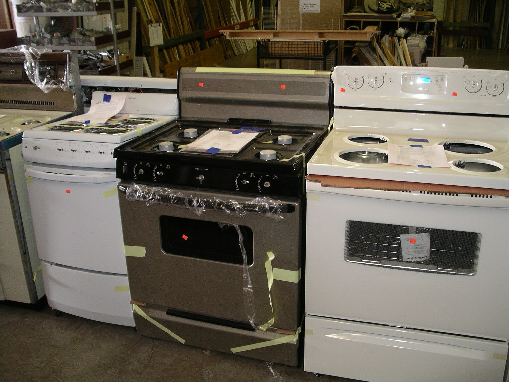 Three New Stoves. $100 to $250 Electric 30