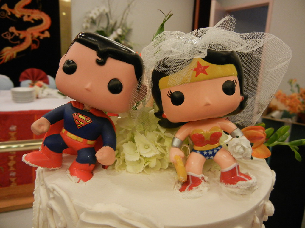 superman and wonder woman wedding cake toppers cutest wedding topper pengrin flickr 20615