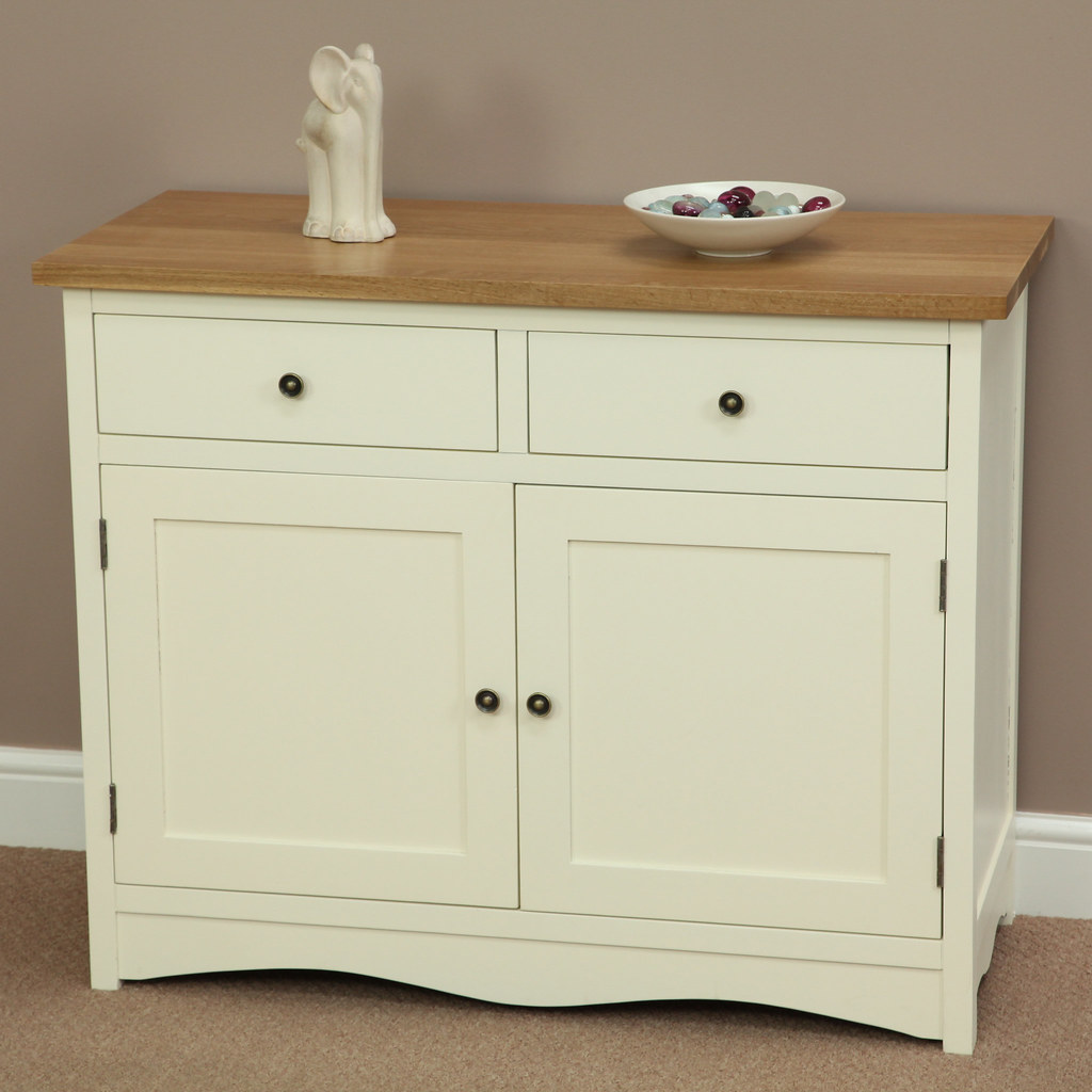 Cotswold cream painted shaker solid oak small sideboard