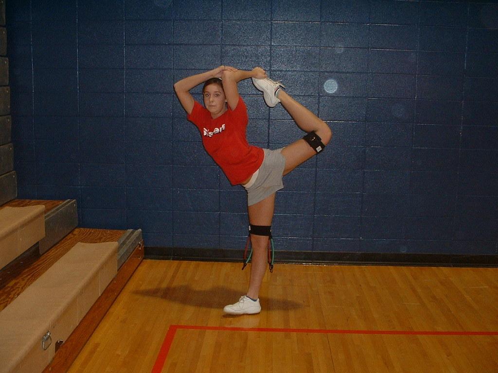 cheerleading scorpion stretch myosource cheer combo