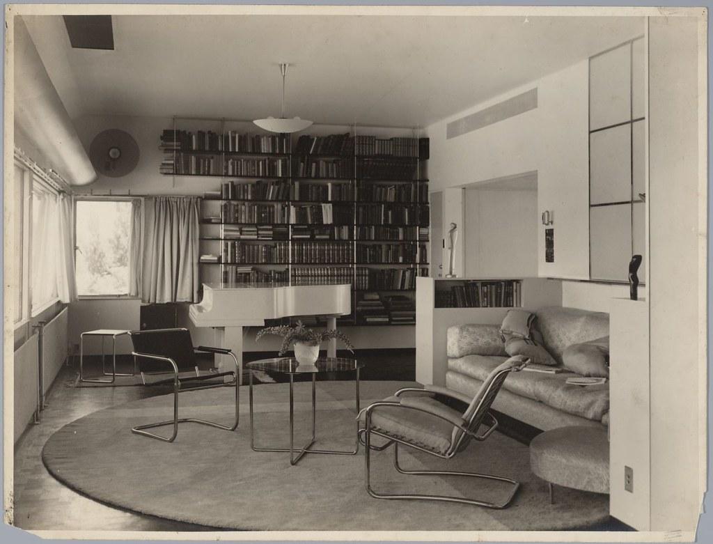 Interieur huis van der leeuw van der leeuw house interio for Interieur 1930