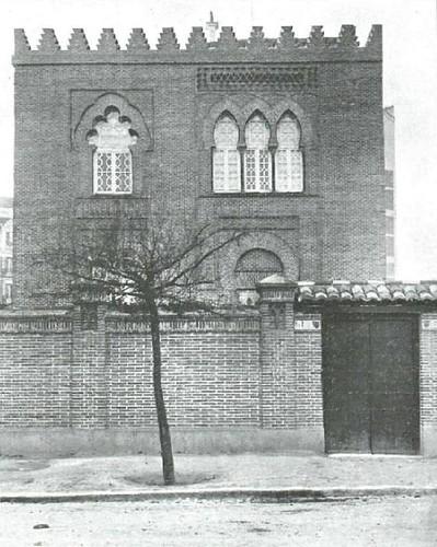 1920 casa de p rez gald s en la calle de hilari n eslava for Calle hilarion eslava