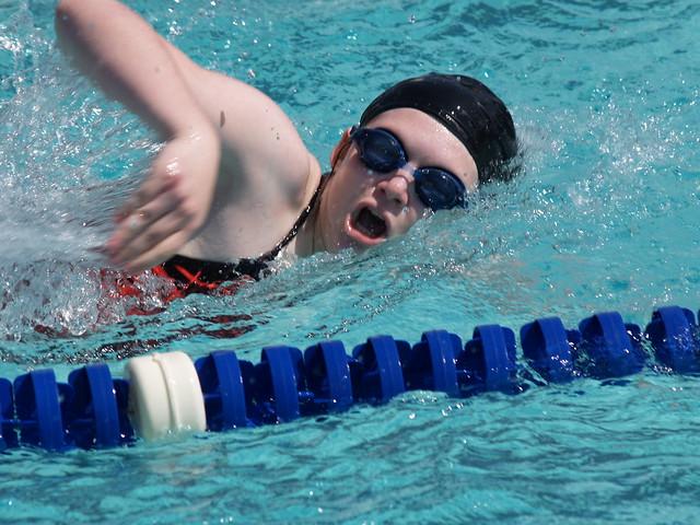 Bildrechte: Flickr Maggie Straub Swimming albertstraub CC BY 2.0 Bestimmte Rechte vorbehalten