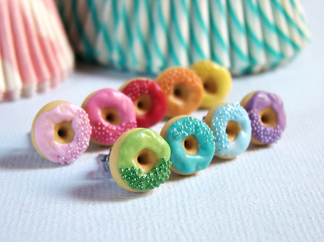 Monochrome - Donut Earrings | An obsession for donuts ... | 650 x 486 jpeg 176kB