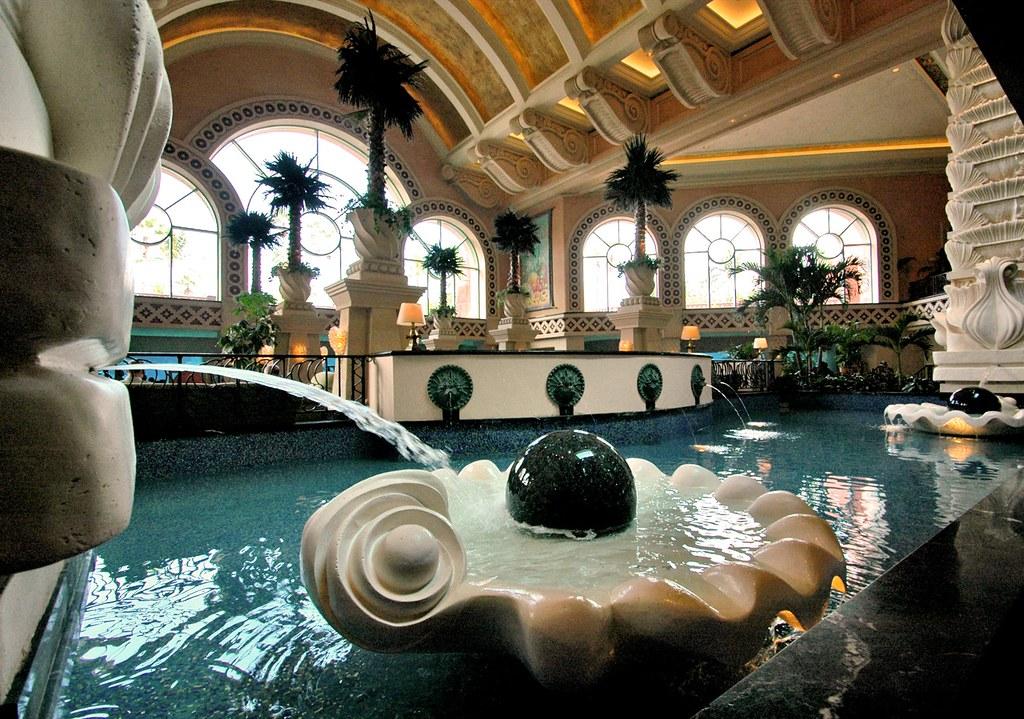 atlantis interior design atlantis hotel resort paradise flickr. Black Bedroom Furniture Sets. Home Design Ideas
