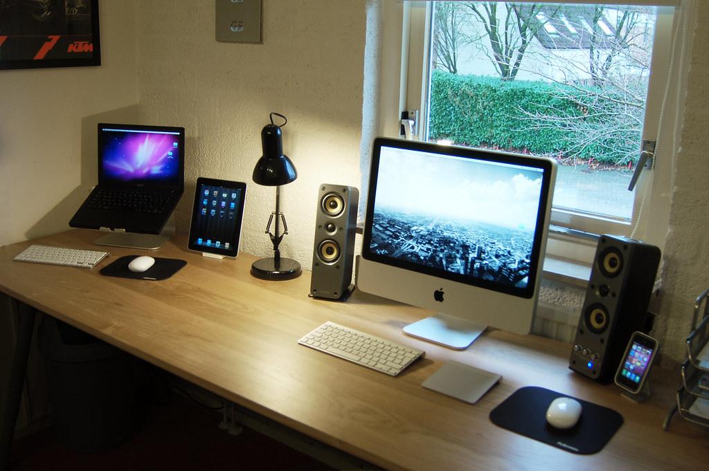 My desk at the moment | MacBook Black iPad 32GB iMac