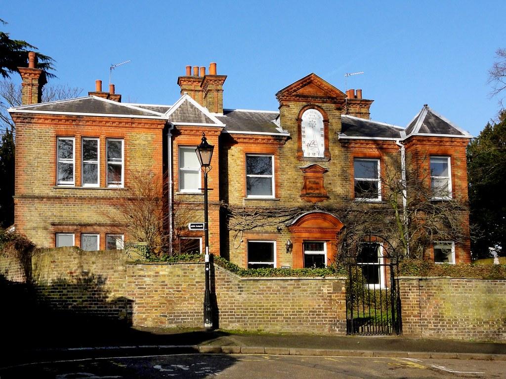 Twickenham House New Build