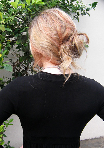 messy low bun+easy holiday hair | by ...love Maegan