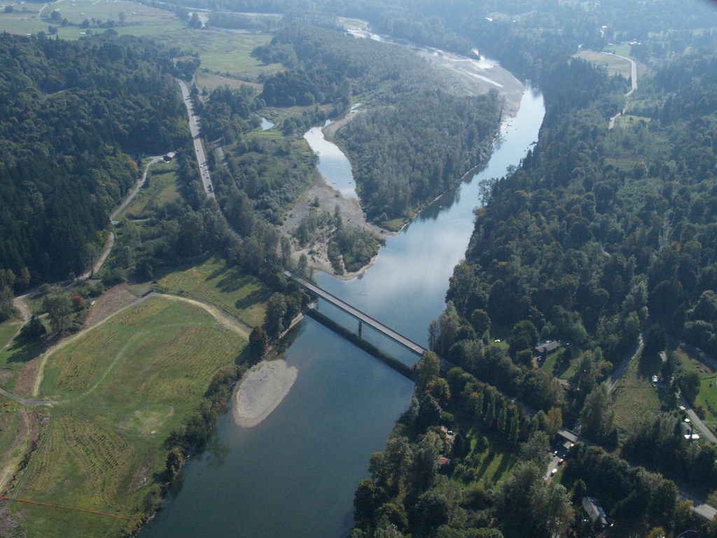Aerial view of snohomish river bridge an aerial view of for Snohomish river fishing report