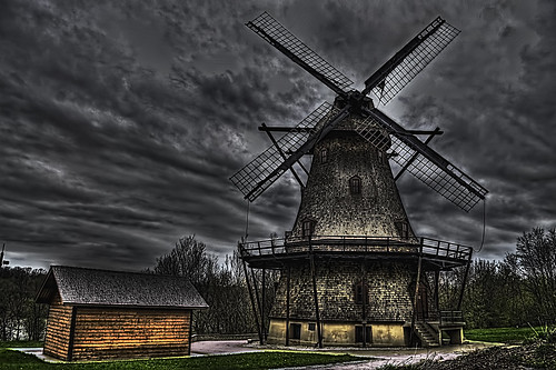 THE FABYAN WINDMILL, GENEVA, ILLINOIS | by WDB PIXWORKX