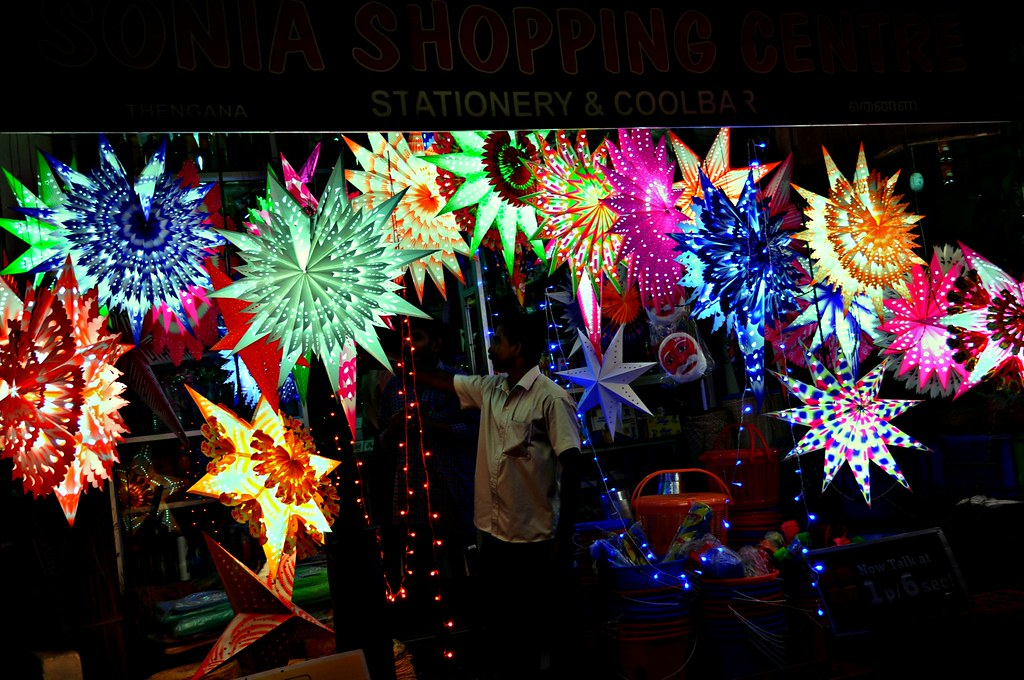 Advent Of Christmas...Stars on Display at a Village Shop I ...