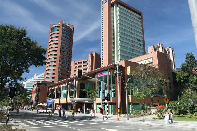 Centro comercial la strada flickr photo sharing - Centro comercial moda shoping ...