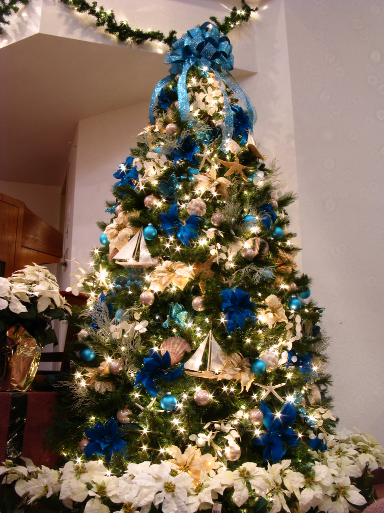 blue ocean themed christmas tree what better way to decora flickr. Black Bedroom Furniture Sets. Home Design Ideas
