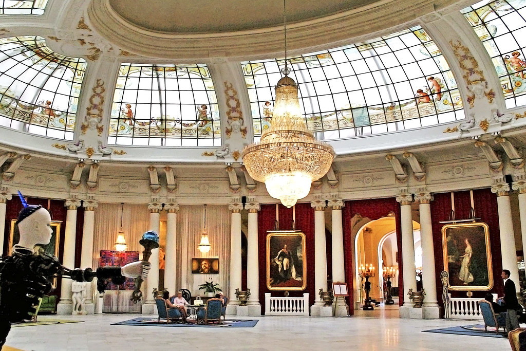 Hotel negresco nice france like photoola p facebook for Luxury hotels in nice