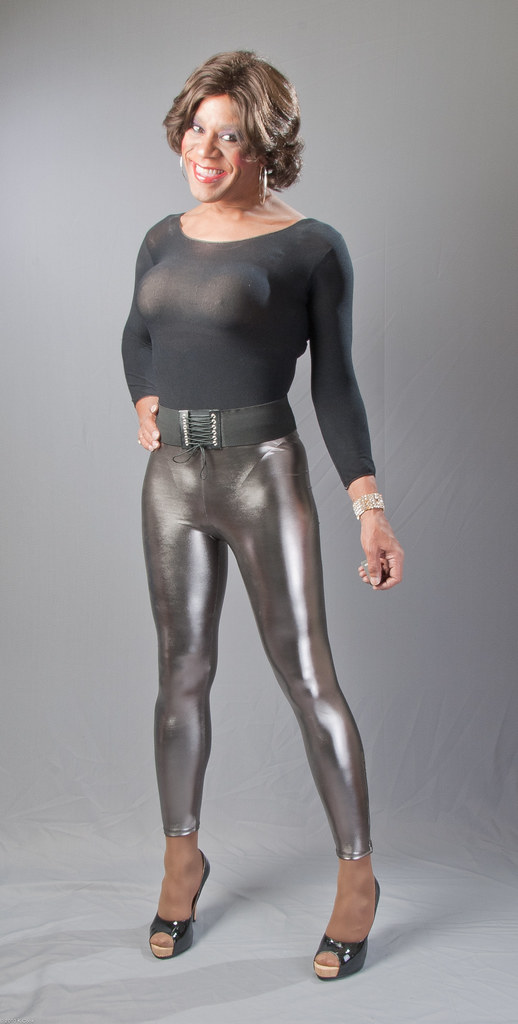 Leotard, Shiny Leggings & Sexy Pumps | Heres yet another