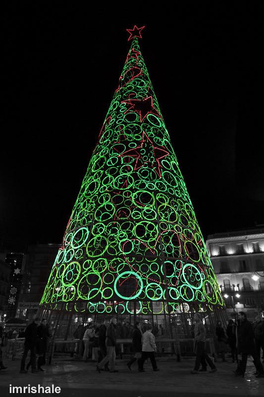Rbol de navidad foto del t pico rbol de navidad que - Arbol tipico de navidad ...