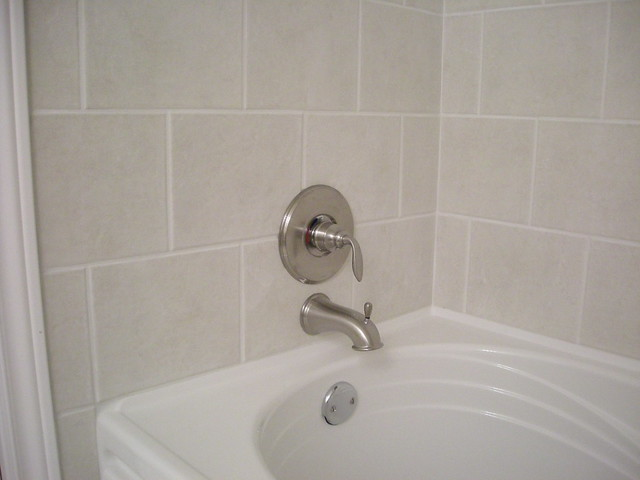 Ceramic Tile Shower And Bathtub Surround Flickr Photo Sharing