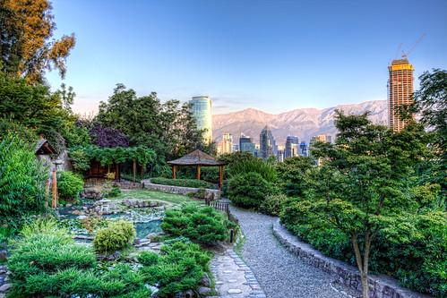 Japanese garden jard n japon s del cerro san crist bal for Jardin japones de santiago
