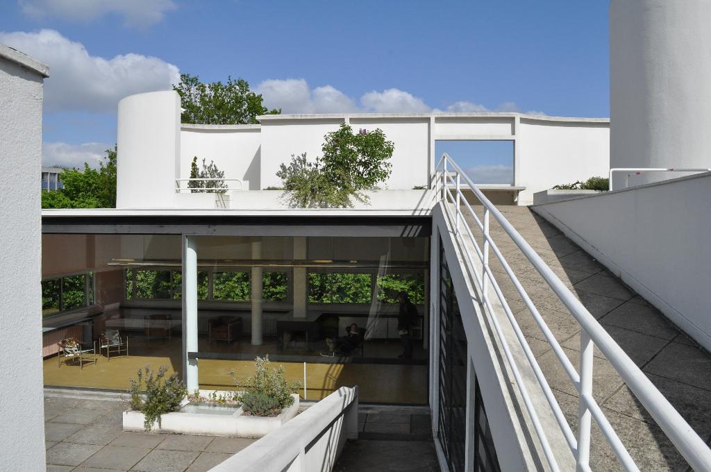 Terrasse Villa Savoye : Villa Savoye ramp to terrace nicholas iyadurai Flickr