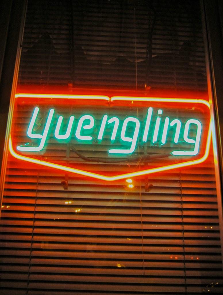 Vintage Yuengling Neon Sign | retroroadmap.com/2011/03/09