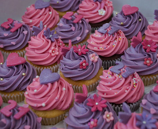 hot pink and purple birthday cupcakes oh crumbs