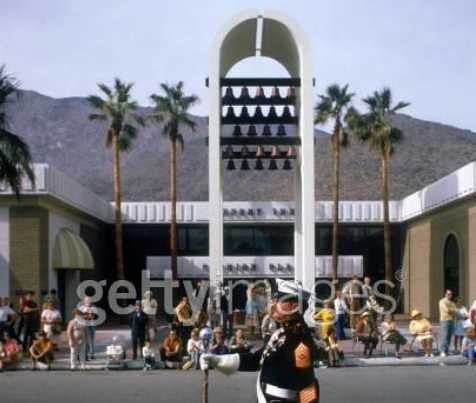 Desert Fashion Plaza In Palm Springs I Magnin Palm Springs