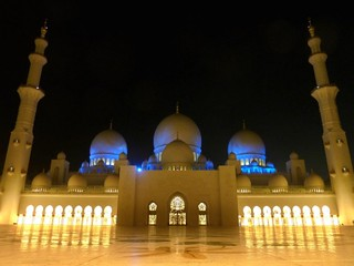 Abu Dhabi, Sheikh Zayed Grand Mosque -   أبو ظبي‎ مسجد الشيخ زايد | by Sir Francis Canker Photography ©