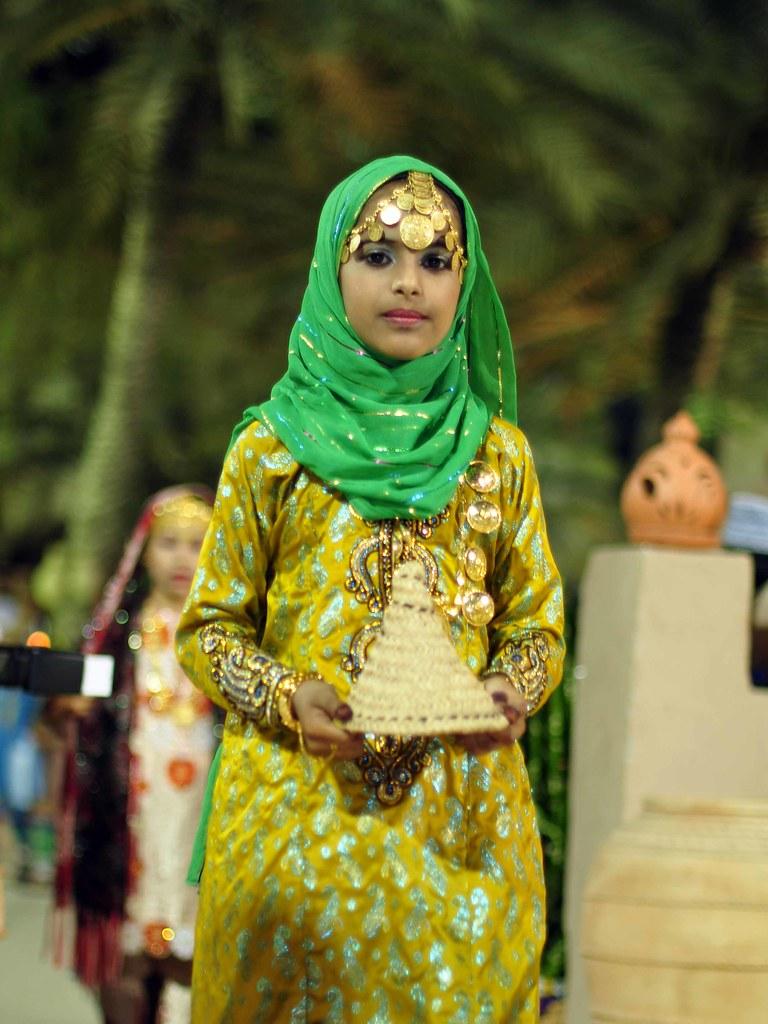 Popular Omani Women39s Dress  Oman 2  Pinterest