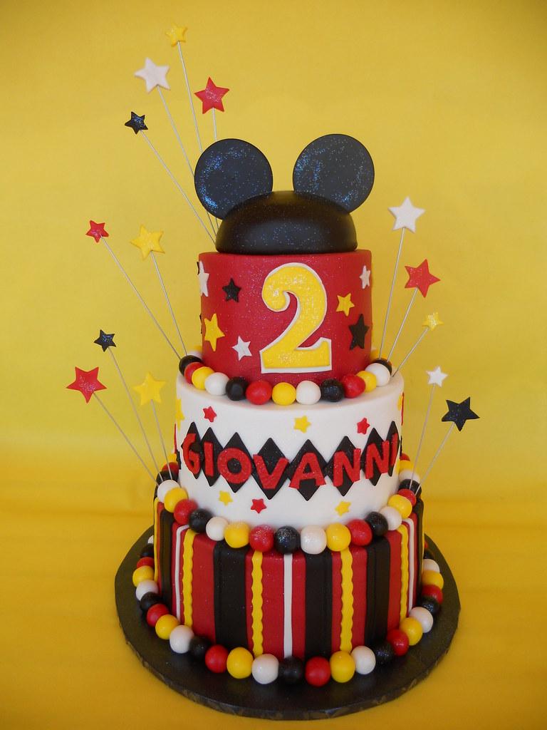 Mickey Ears Themed Birthday Cake A New Twist To Mickey
